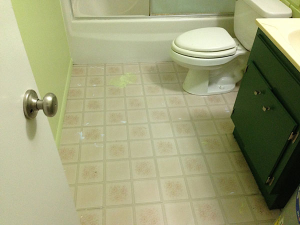 Bathroom floor that needs painting