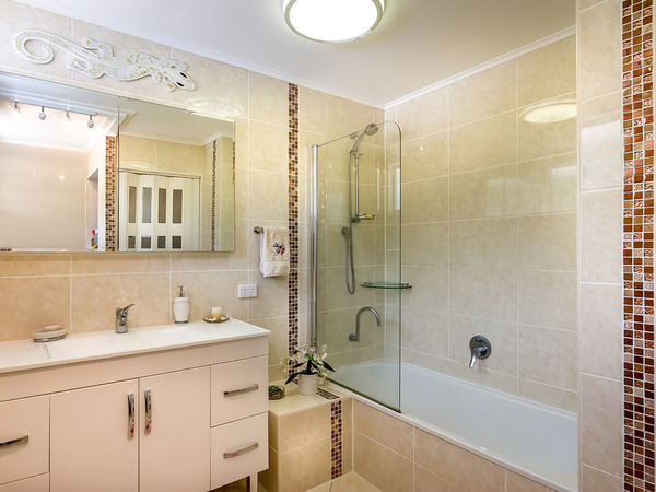 3 Best Types Of Paint For Bathrooms That Won T Fail